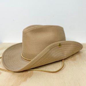 Vtg Dorfman Pacific Aussie style side snap hat